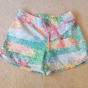 Columbia PFG shorts. Size S